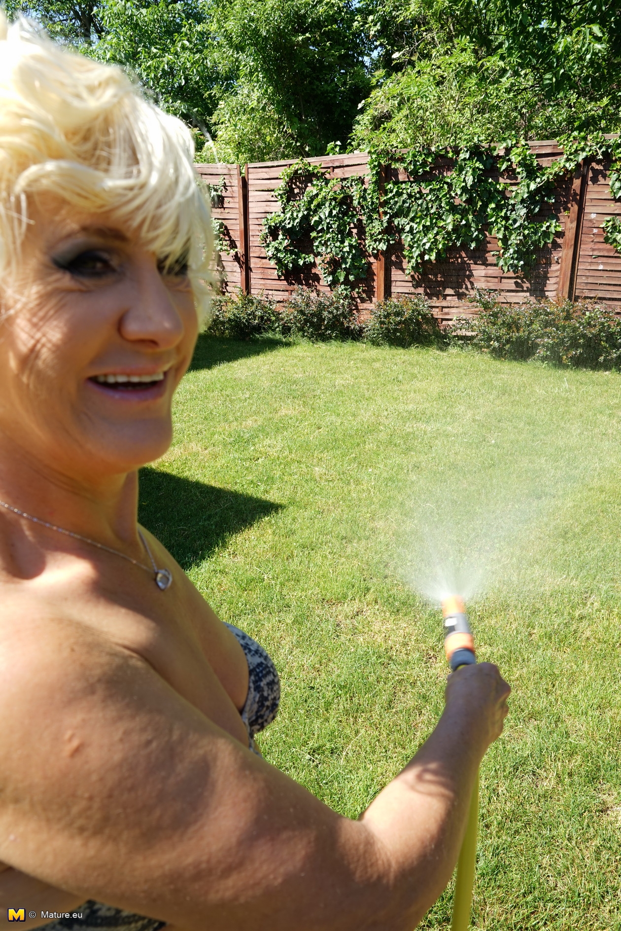 horny milfs in the yard