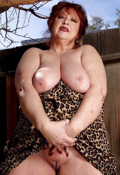 Granny pussy big